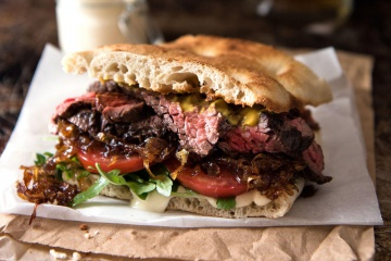 Gourmet Steak Sandwich with Caramelised Onion