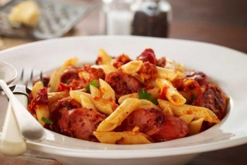Kransky Sausage Pasta with Tomato and Chilli Pesto